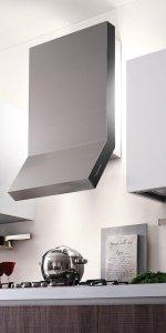 стильная стальная вытяжка для кухни