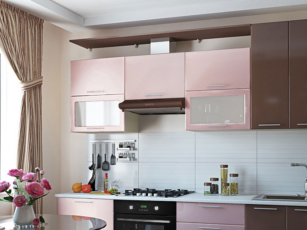 короб вытяжки спрятан за фасадом кухни