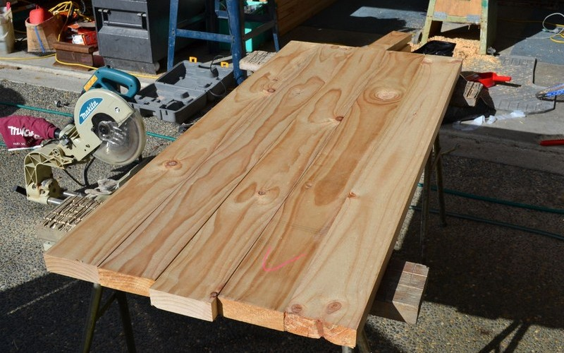 доски для создания обеденного стола