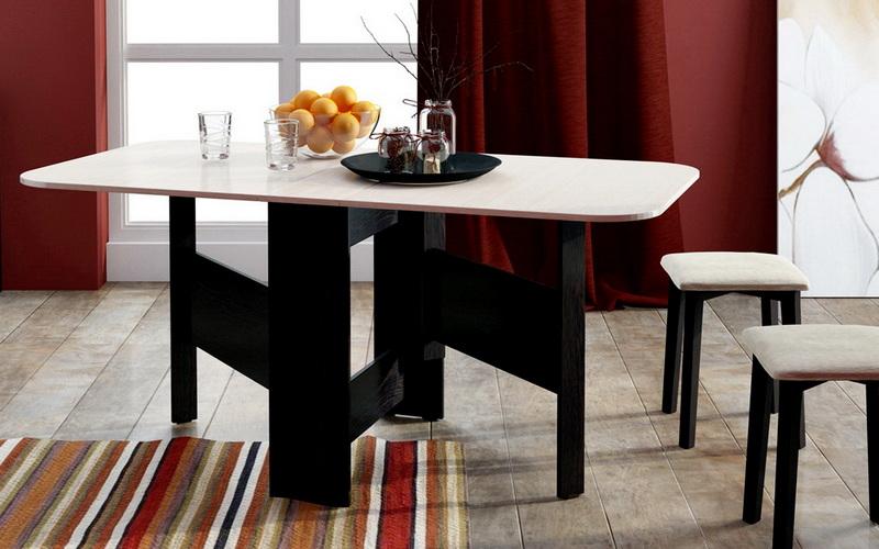 красивый складной обеденный стол