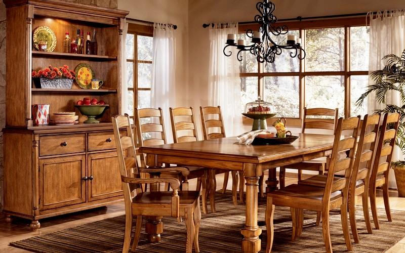 фото деревянного обеденного стола для кухни