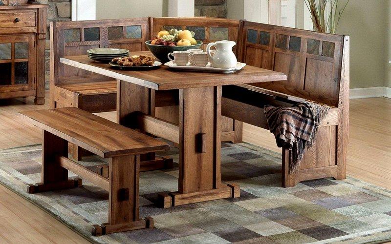 дизайн небольшого обеденного стола