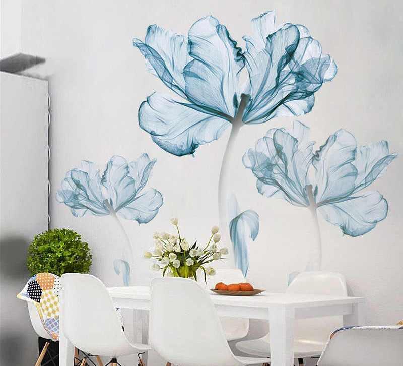 большие цветы на стене