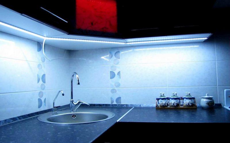 красивые светодиоды на кухне