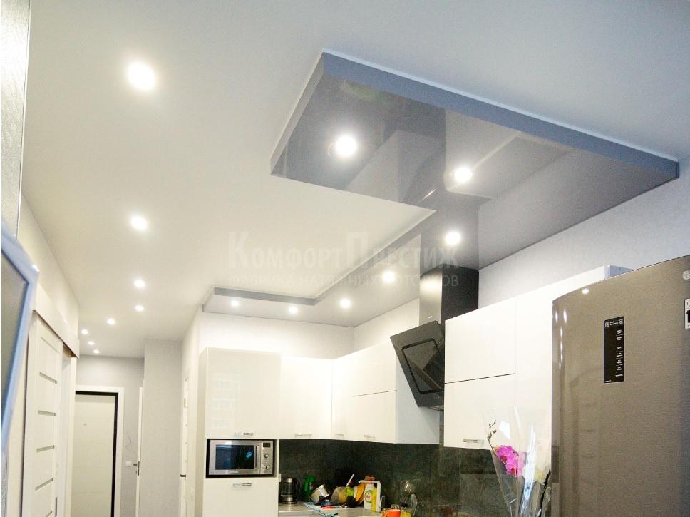 натяжной потолок в два уровня
