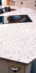 столешница из искусственного камня под гранит