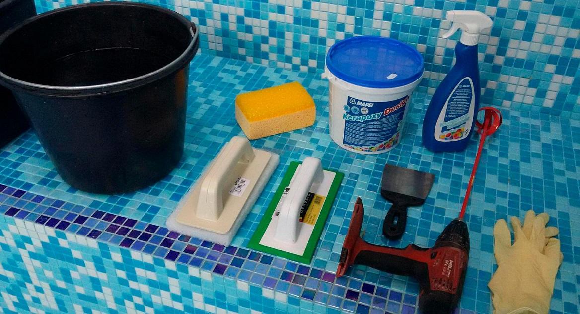 подготовка инструментов для установки столешницы из керамогранита