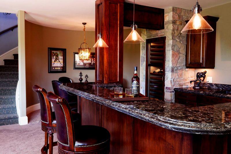 кварцевая столешница с барной стойкой для кухни