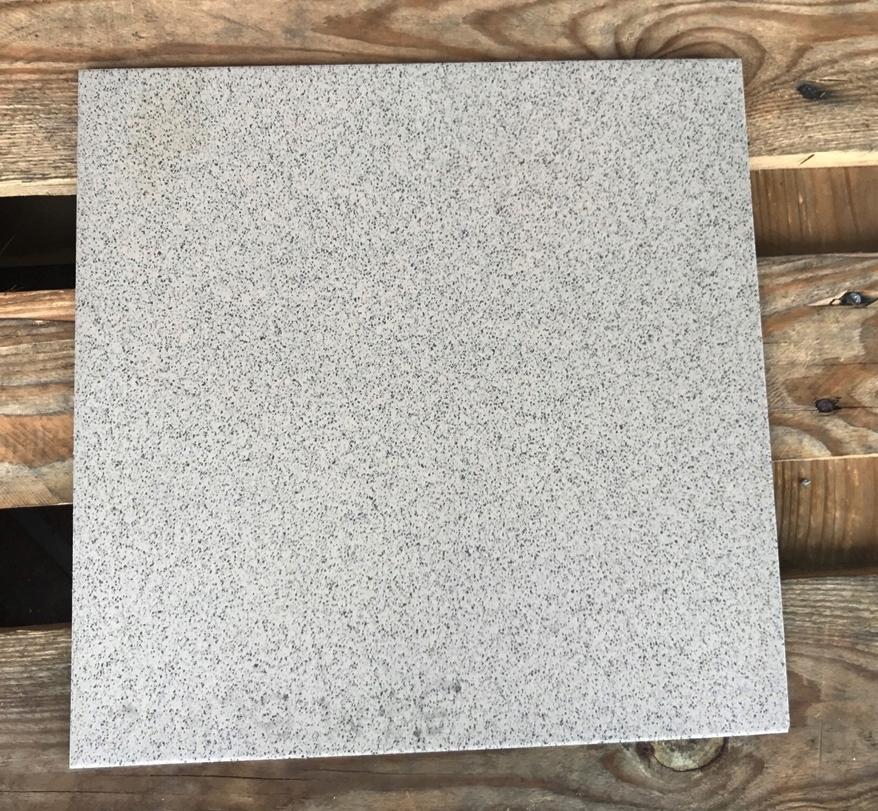 Столешница из керамогранита 30×30 см